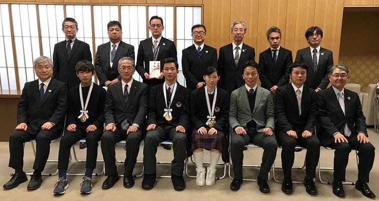 第36回FTVジュニアスポーツ大賞表彰式及び寄付金贈呈の写真